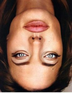 Do NOT flip your phone upside down while reading this post. Yes I've warned you